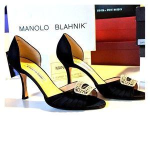 Manolo Blahnik black satin sedaraby pumps